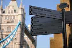Road Sign near the Tower Bridge, London, photographed with a Nikon 24-70mm lens mounted on a Nikon D3X