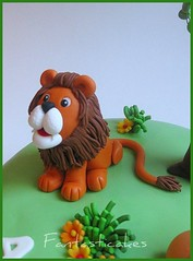 Dattaglio leone Torta Africa / Lion close-up on African Cake (Fantasticakes (Ccile)) Tags: africa birthday tree men green cake for lion sugar jungle characters senegal modelling toppers baobab