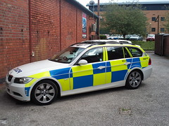 West Midlands Police BMW 3 Series Tourer RPU (OCU M2 - Unit 2) (ModellerRob's ESV Photos (One)) Tags: city west centre police vehicle coventry patrol battenburg midlands marked lightbar