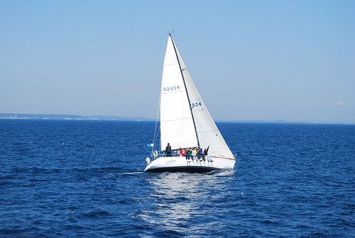 water ferry mi sailboat island boat michigan sail mackinacisland touristdestination noauto