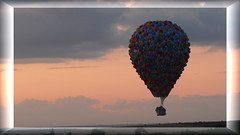 Lorraine Mondial Air Ballons 2009 Chambley - Disney's UP / Lá Haut - The largest hot-air balloon gathering in the world (normandie2005_horst Moi_et_le_monde) Tags: world france hot up air hotair ballon heisluftballon disney guinness gathering biennale ballons lorraine 2009 oben ballooning largest mondial worldrecord weltrekord hotairballon montgolfière heissluftballon ballonfahren nightglow ballonvaren liftup heteluchtballon chambley mongolfières meurtheetmoselle воздухоплавание ballonàairchaud recorddumonde chambleyairbase pilatrederozier lorrainemondialairballons aérostation uniqueintheworld planetair láhaut ballonconduire ariacaldaballon gorącepowietrzeballon cateterbalãodearquente airecalienteballon горячийвоздухбальона envoldemasse inlinemassascent