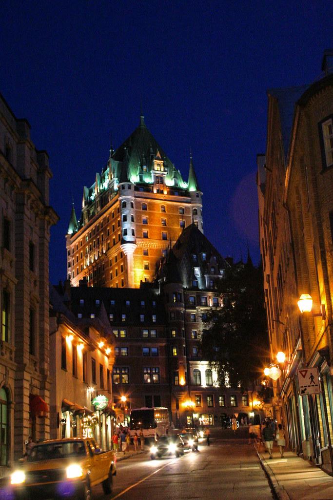 Le Vieux-Québec le soir