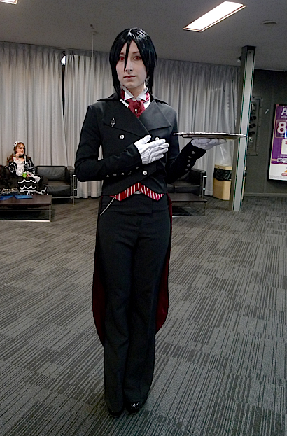 This Sebastion crossplayer (Kuroshitsuji/Black Butler) was SERIOUSLY AMAZING. She had the cutlery between her fingers, the red eyes - everything. I think she won judges choice in the cosplay competition too, although I think she should have won the entire contest.