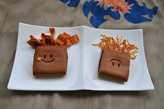 Smile (chizuru-bis) Tags: thanks sweets thegift iloveyoursmile basquiatstyle
