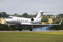 N898AW - Private - Gulfstream Aerospace G-IV Gulfstream IV (G4) - Luton - 090727 - Steven Gray - IMG_8479