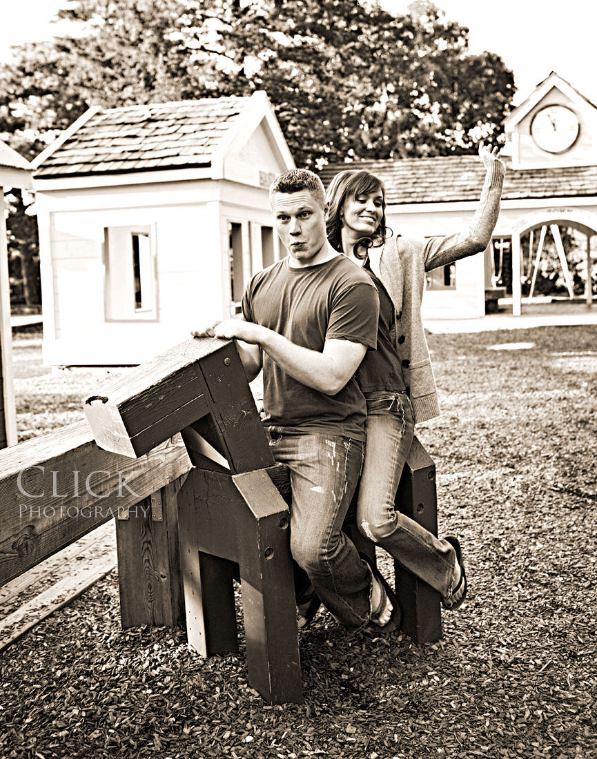 20091004_Shannon-Matt_030242_sepia