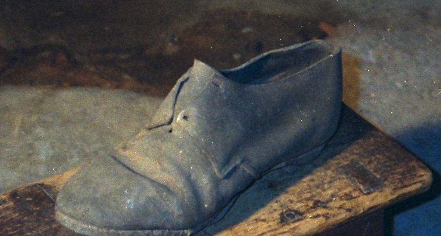 Early 19th c Shoe (Concealment Piece)