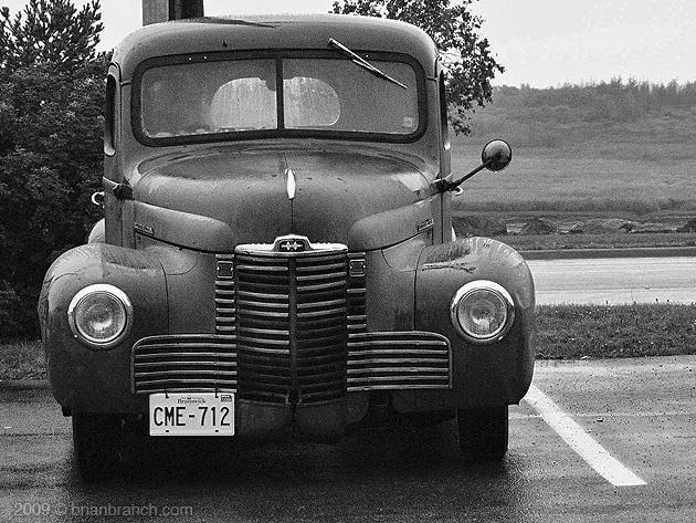 P1050894_international_truck