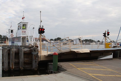 Ferry lowering the ramp on arrival at Raymond Island