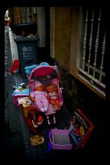 ? (ogomogo) Tags: toy calle basura cadiz streer oyuncak p