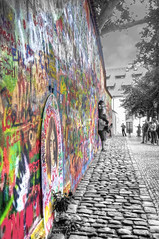 Il Muro di Lennon / Lennon Wall (Fil.ippo) Tags: muro love wall cutout john out peace prague cut praha praga pace lennon brotherhood amore filippo fratellanza d5000