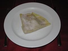 Crpes mit Kakao und Zucker bestreut (multipel_bleiben) Tags: essen frhstck nachtisch ss