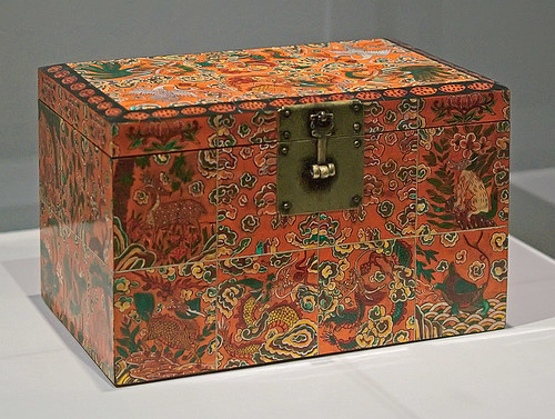 "Lacquer box, ""Box with Design of Auspicious Motifs"", Korean, Joseon dynasty, late 18th-early 19th century, at the Saint Louis Art Museum, in Saint Louis, Missouri, USA"