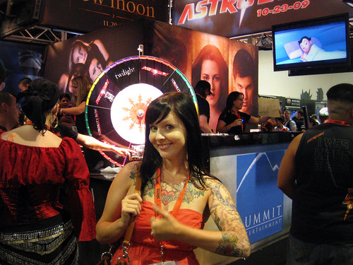 thumbs up in motion at the New Moon booth
