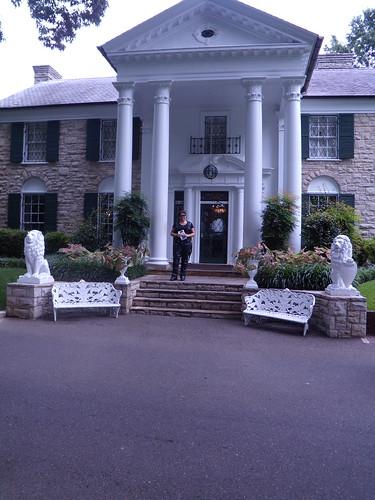 Ev at Graceland !