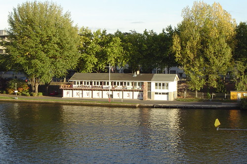 Bootshaus Fruchtig Ahoy am Main 2003 --- bootshaus00247