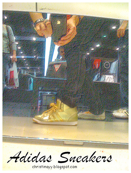 Queenstreet Mall: Adidas Outlet