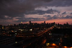 NYC58 (maria_daniela) Tags: nyc newyorkcity sky ny newyork luz clouds spectacular atardecer manhattan cielo nubes empirestate silueta sunser nuevayork ilovenewyork