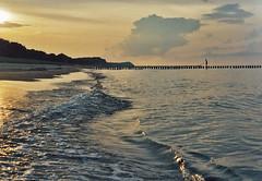 u08. (jul.m) Tags: sunset sea beach water strand meer sonnenuntergang baltic ostsee usedom wellen spätsommer