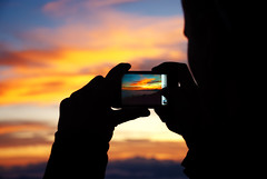 TD: Photographing The Beauty Of A Setting Sun (rasenkantenstein) Tags: blue light sunset red cloud white black blur color colour art nature colors yellow japan clouds landscape japanese idea focus soft mood colours dof availablelight atmosphere blurred kai frame romantic fujisan framing prefecture shizuoka silhoutte mtfuji fujiyama iphone oof sharpness fujijama