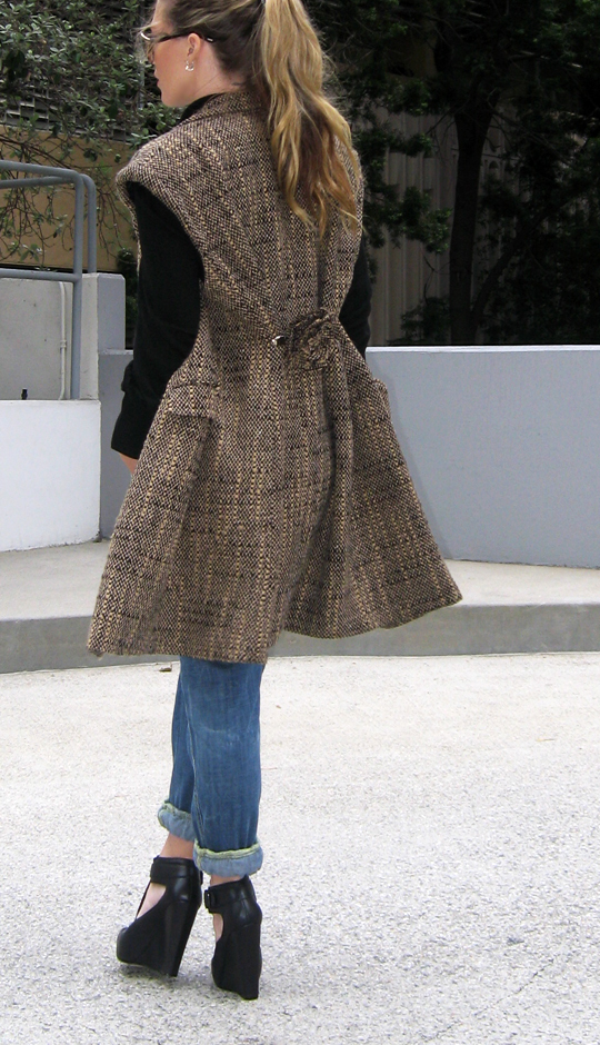 sleeveless-tweed-coat-jeans-wedges-6