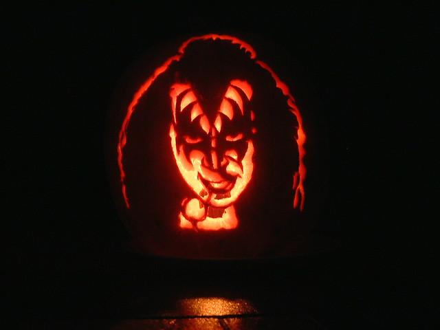 Gene Simmons Pumpkin Lit