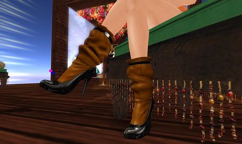 Free SoHo boots from Maitreya!