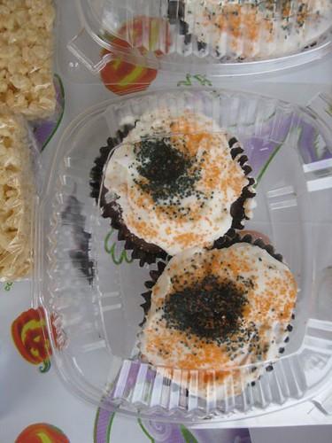 Bake sale - cupcakes