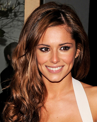 Cheryl Cole - A Customer In your Funnell?