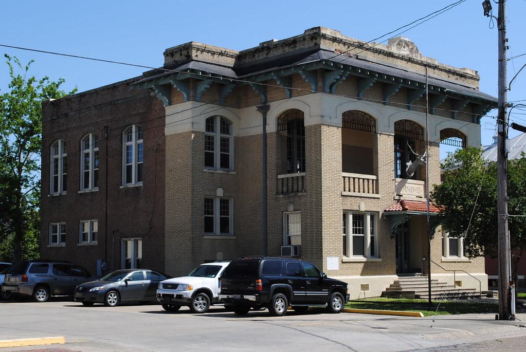 donaldsonville building