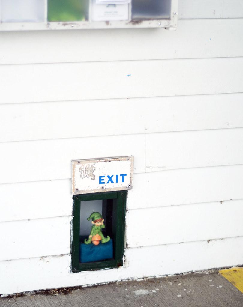 Elf Exit