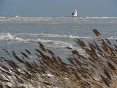 Marken (MiekMiek!) Tags: winter lighthouse ice netherlands dutch landscape is vuurtoren marken kou s5 ijs icescape canons5is