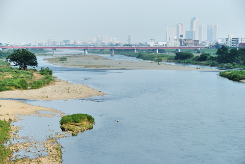 View of Tama River from Futako-tamagawa Station Platform