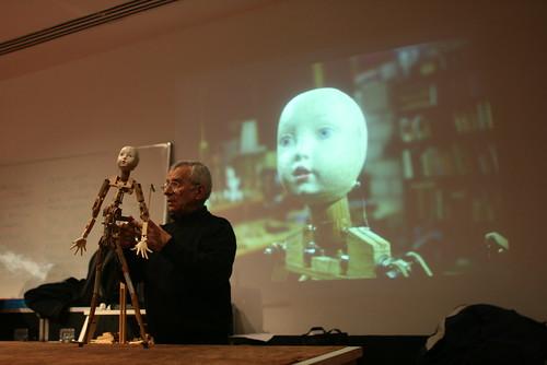 Mover los objetos, anatomías y máquinas (06.02.09) by medialab_prado.