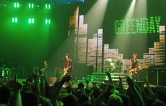 Green Day Concert Stage (Montreal) - Green Day is Ever Green (Anirudh Koul) Tags: green rock concert punk day tour montreal live stage performance setlist greenday concertstage stageconcert lastfm:event=1045886 upcoming:event=2888181