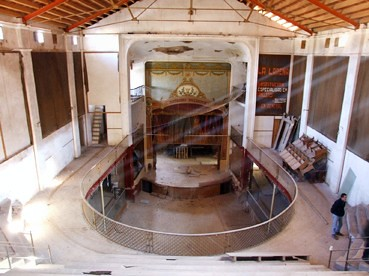 "El Teatre de la ""Defensora"", des de la general - Any 1999."