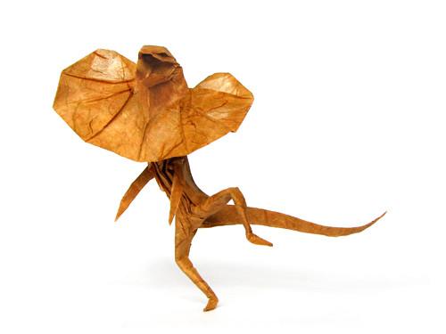 singapore origami australia malaysia boon わくわく動物ランド 折り紙 frilledlizard bicyclelizard ronaldkoh cavemanboon ロナルド・コウ mitsubishimiragetvcommercial 道は、星の数ほどあります。のびのびと、好きな道を行きましょうよ。こんどのミラージュで、ね。 エリマキトカゲ 懐かしいcm 三菱ミラージュ