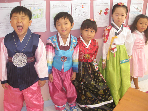 Bessie's kindergartners in Hanboks