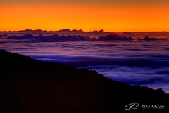 Sunset Below the Clouds (RH Miller) Tags: sunset usa clouds landscape mauihawaii haleakalasummit reedmiller rhmiller
