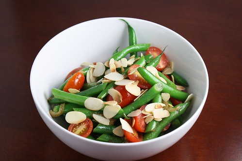 Sauteed Spicy Green Beans and Tomatoes