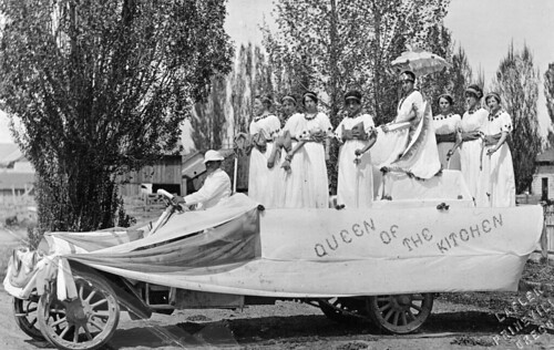 Queen of the Kitchen float from Crook County High School Day, May 8, 1914