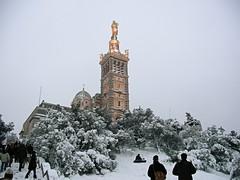 Notre dame de la neige (iko) Tags: marseille notredame neige notredamedelagarde