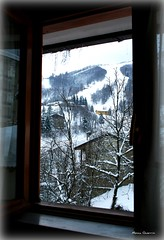my window in mountain.... (MoniqueGuerr) Tags: window finestra neve montagna frabosa otw finestraconvista theperfectphotographer