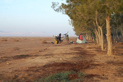 Desert camping in Syria (tomsbiketrip.com) Tags: asia middleeast arabia syria whereisleep