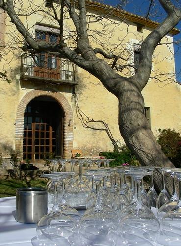 A punt pel tast de vi i cava al Castell de Gimenelles