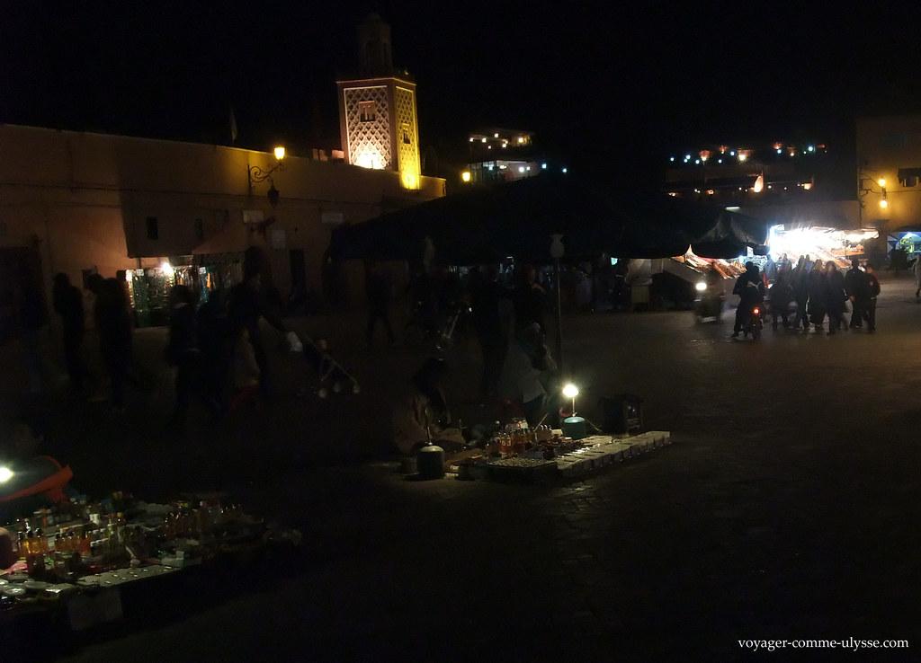 Mosquée Quessabine de nuit