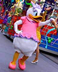 """Celebrate! A Street Party!"" (SDG-Pictures) Tags: california street pink costumes party fun duck dance dancing disneyland joy performance performing disney entertainment daisy perform southerncalifornia orangecounty anaheim celebrate enjoyment outfits themepark picnik entertaining streetparty daisyduck disneylandresort disneycharacters disneylandpark casp takenbystepheng celebrateastreetparty april102009 havingacelebration"