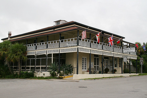 Island Hotel & Restaurant est 1859