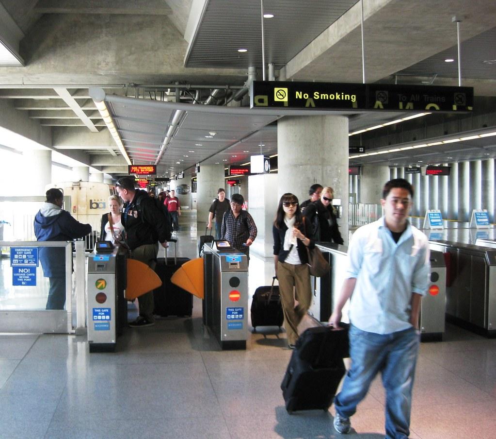 San Francisco Airport – Caltrain South