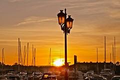 Puesta de Sol (Juan Ramón Galán Jiménez) Tags: españa canon atardecer barcos andalucia puestadesol cádiz veleros puertodeportivo canoniani puertodesotogrande